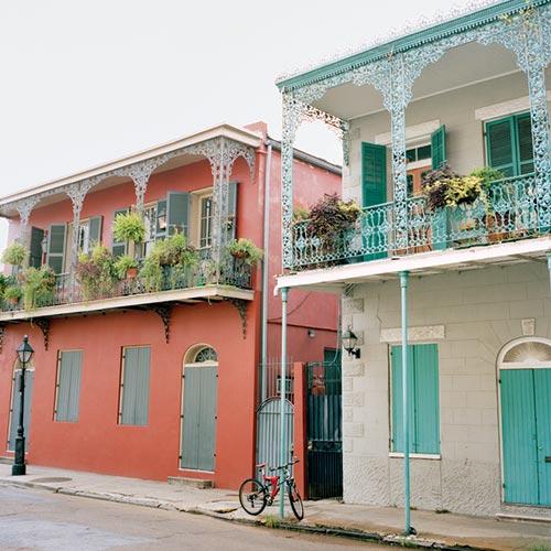 LA MSY Colorful houses